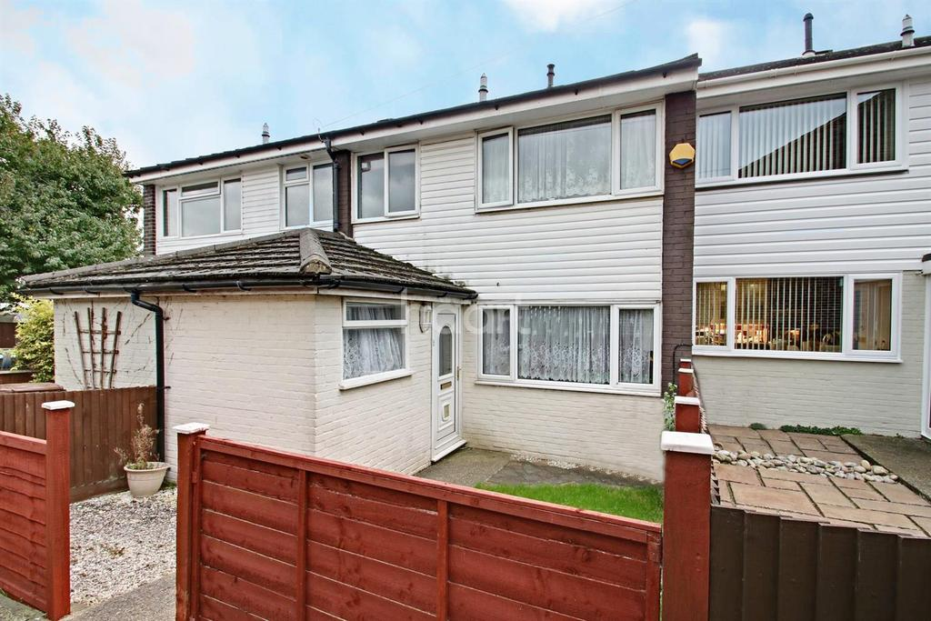 3 Bedrooms Terraced House for sale in River Drive, Strood, ME2