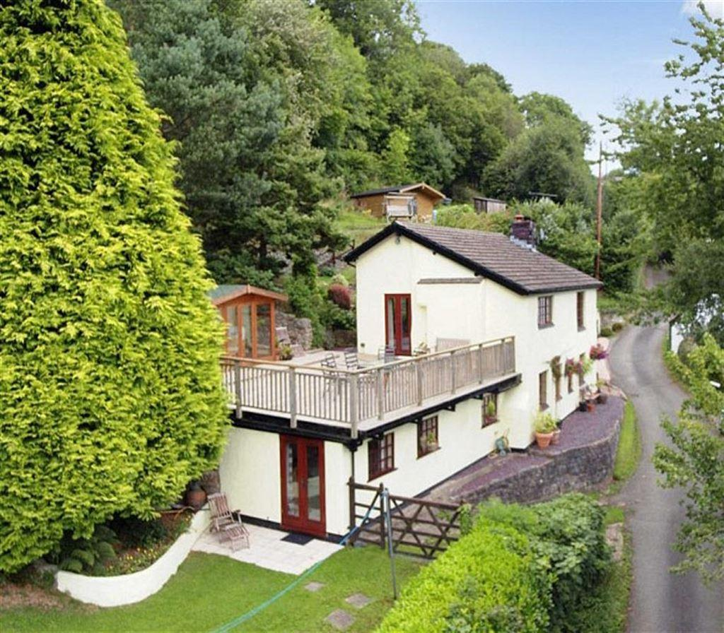 3 Bedrooms Detached House for sale in Tyn-Y-Pistyll, Garth, Glyn Ceiriog, Llangollen, LL20
