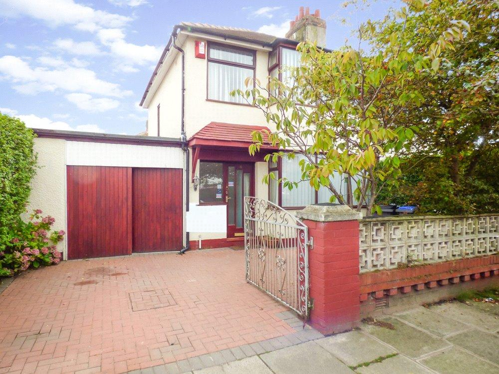 3 Bedrooms Semi Detached House for sale in Murchison Grove, Anchorsholme, Thornton-Cleveleys