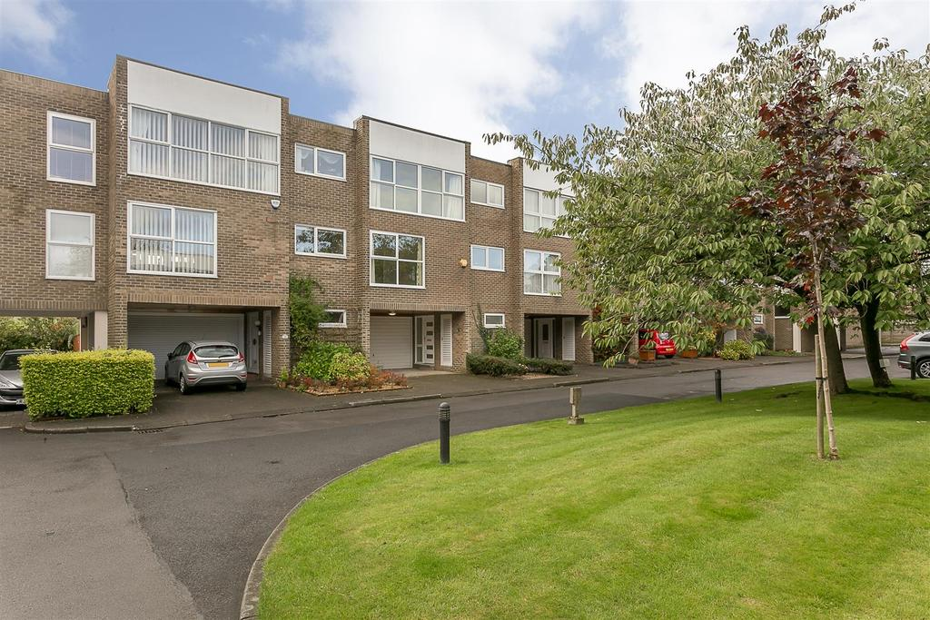 5 Bedrooms Terraced House for sale in Albany Mews, Gosforth, Newcastle upon Tyne