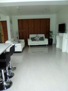 1 bedroom flat share to rent - London, Streatham