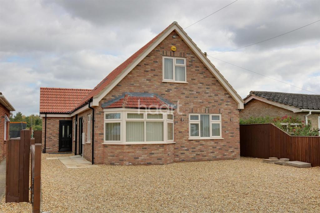 4 Bedrooms Detached House for sale in Church Drove, Outwell