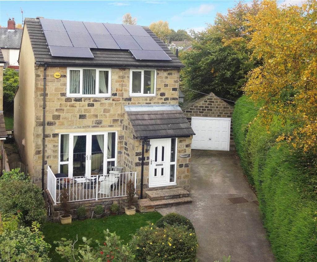 4 Bedrooms Detached House for sale in Barcroft Grove, Yeadon, Leeds