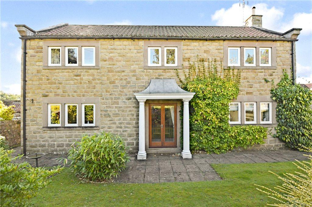 4 Bedrooms Detached House for sale in Manor Fold, Follifoot, Harrogate, North Yorkshire