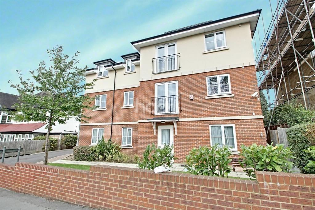 2 Bedrooms Flat for sale in Darwin Court, Warham Road, South Croydon, CR2