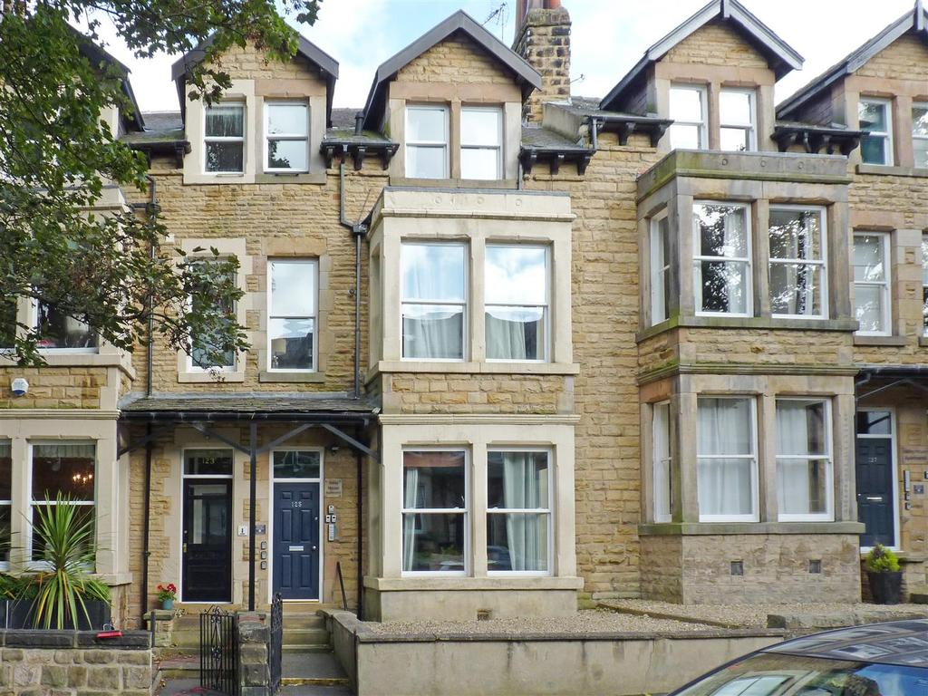 6 Bedrooms Block Of Apartments Flat for sale in Valley Drive, Harrogate