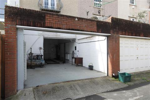 Garage to rent - Quarry Road, Clifton, Bristol