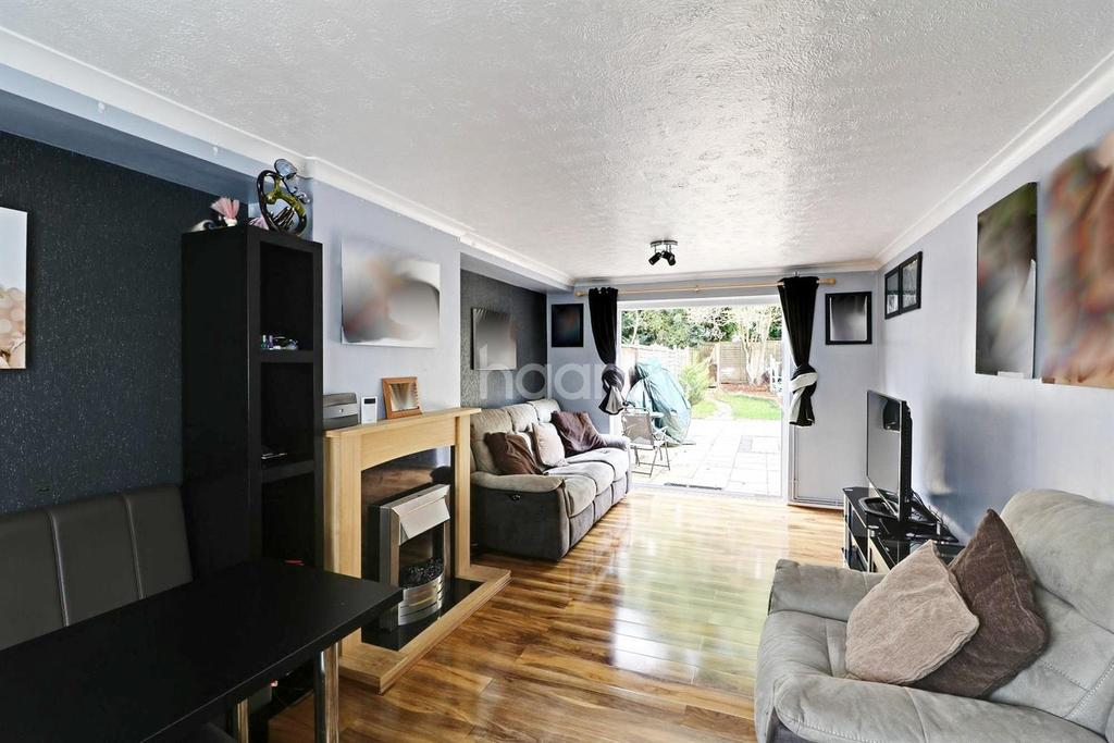 3 Bedrooms Terraced House for sale in Thistle Grove