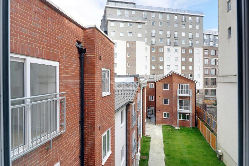 1 Bedroom Flat for sale in London Benefits Bedfordshire Prices