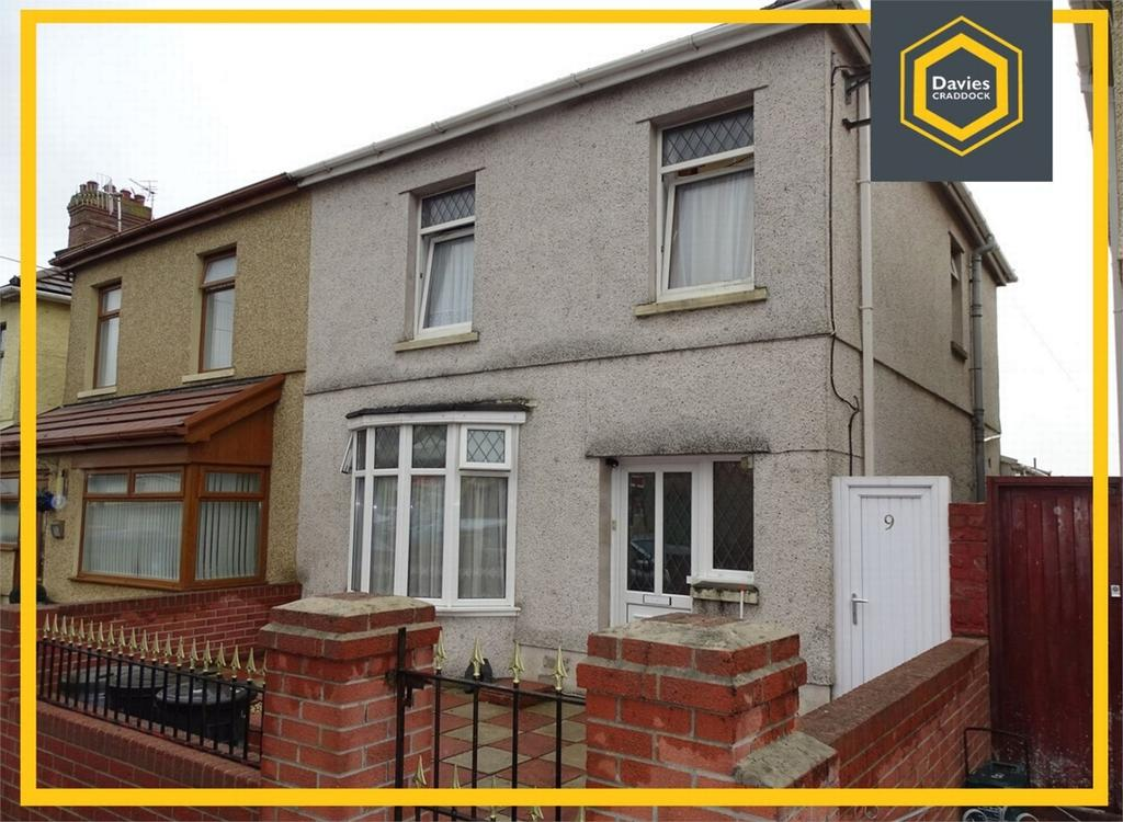 3 Bedrooms Semi Detached House for sale in 9 Nantydd Terrace, Llwynhendy, Llanelli, Carmarthenshire