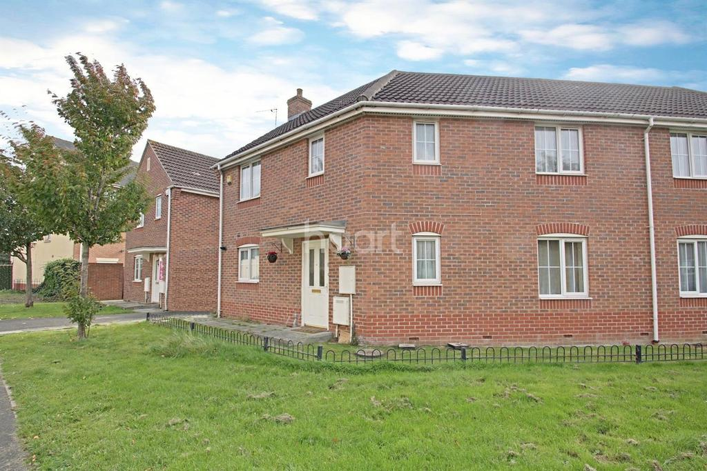 3 Bedrooms Semi Detached House for sale in Oakley Park