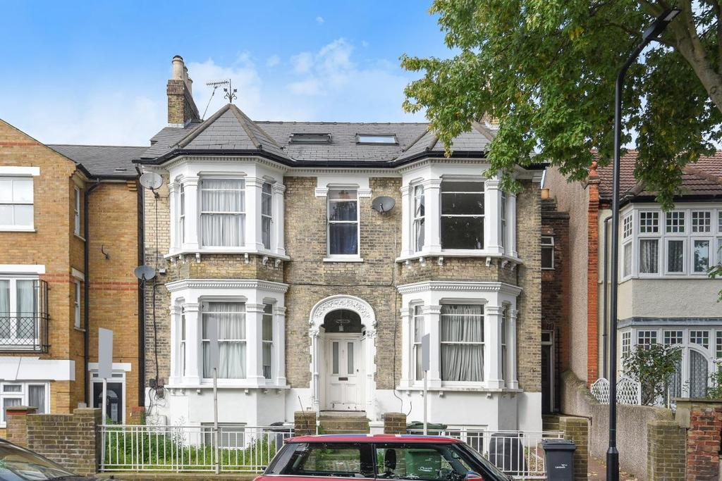 2 Bedrooms Flat for sale in Lewin Road, Streatham