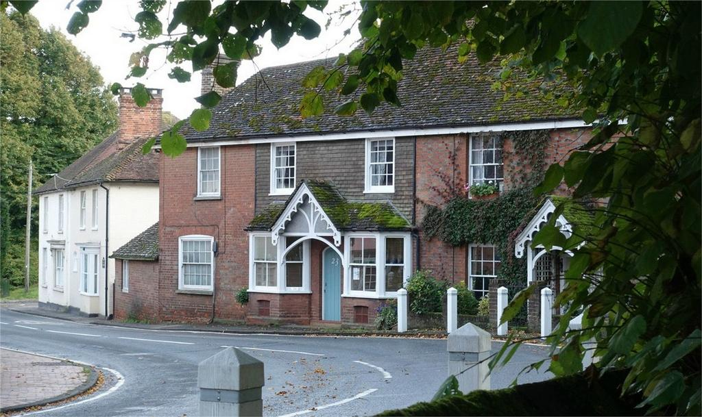3 Bedrooms Terraced House for sale in High Street, Maresfield, East Sussex