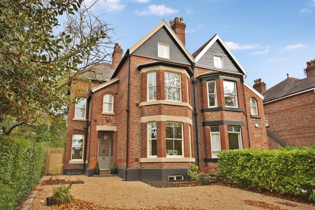 6 Bedrooms Semi Detached House for sale in Grove Avenue, Wilmslow