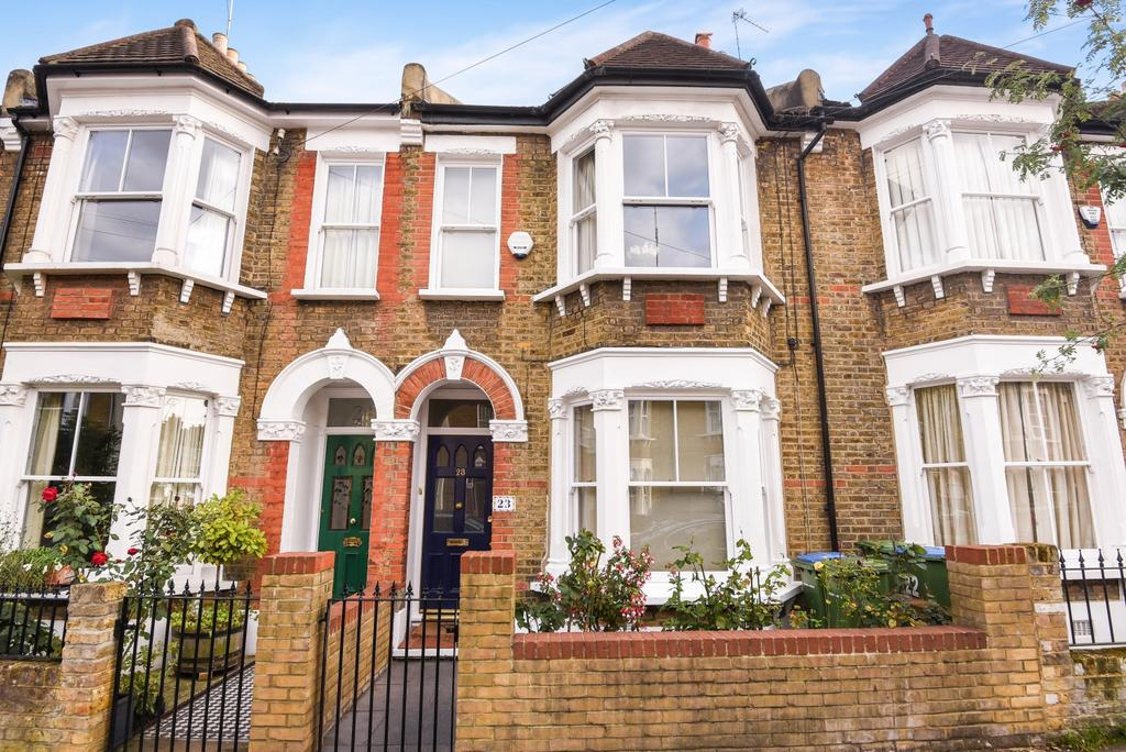 4 Bedrooms Terraced House for sale in Chevening Road London SE10