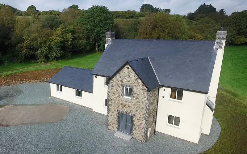 5 Bedrooms Detached House for sale in Lower Chapel, Brecon, Powys.