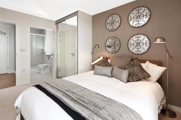 2 Bedrooms Apartment Flat for sale in Trumpington Meadows, Hauxton Road, Cambridge