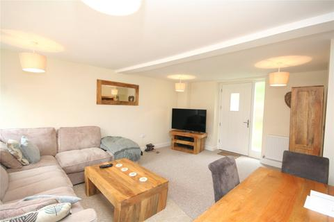 3 bedroom terraced house to rent - Old Farm Drive, Up Hatherley, Cheltenham, Gloucestershire, GL51