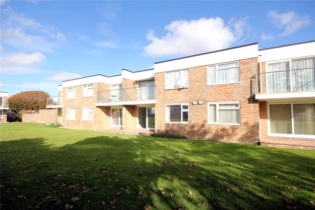 2 Bedrooms Flat for sale in Janred Court, Sea Road, New Milton, Hampshire, BH25