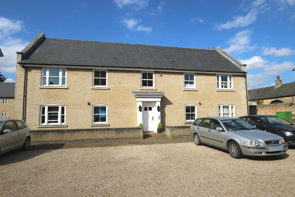 2 Bedrooms Ground Flat for sale in Winfarthing Court, Ship Lane, Ely