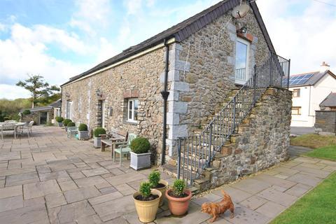 3 bedroom property with land for sale - Llanddarog Road, Carmarthen
