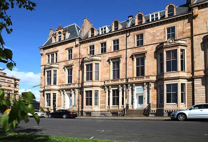 3 Bedrooms Flat for sale in Flat 0/2, 17 Park Terrace, Park, Glasgow, G3