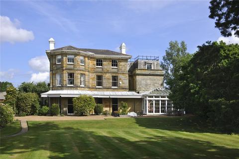 9 bedroom detached house for sale - Pembury Road, Tunbridge Wells, Kent, TN2