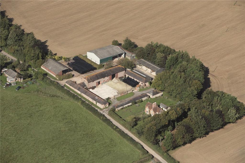 3 Bedrooms Semi Detached House for sale in The Stubhampton Estate, Blandford Forum, Dorset, DT11