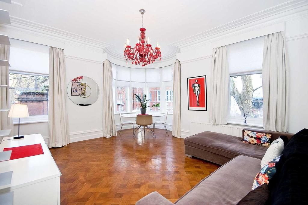 2 Bedrooms Flat for sale in Bedford Court Mansions, WC1B