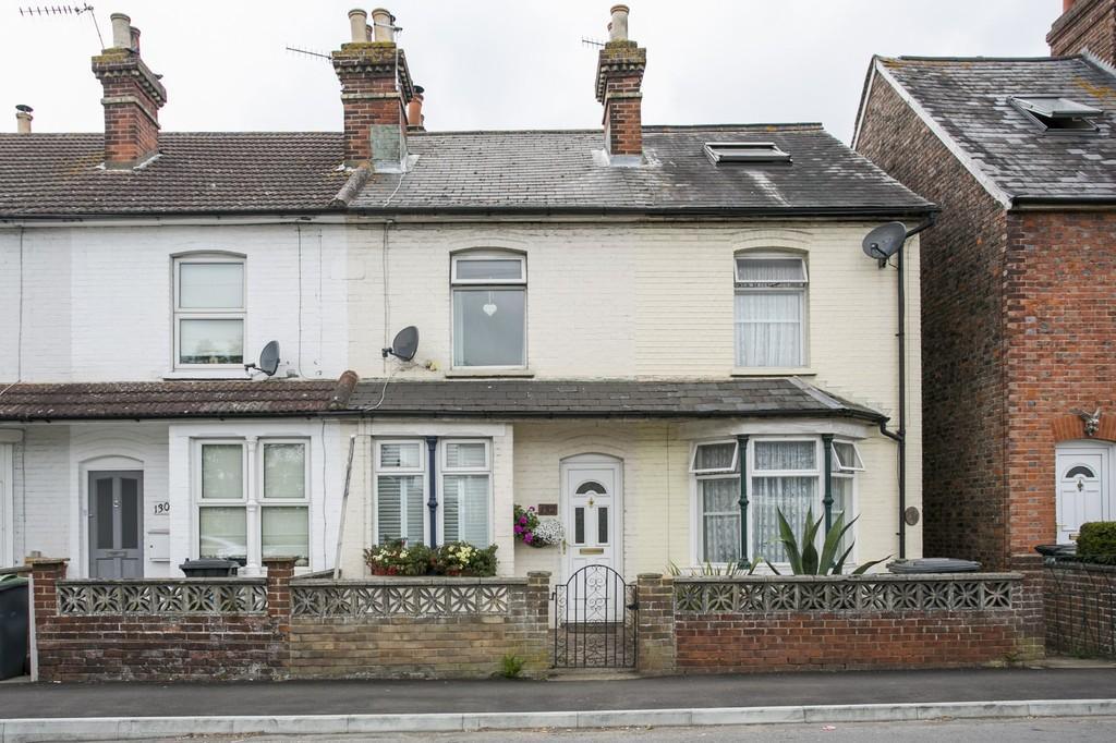 3 Bedrooms Terraced House for sale in Tonbridge