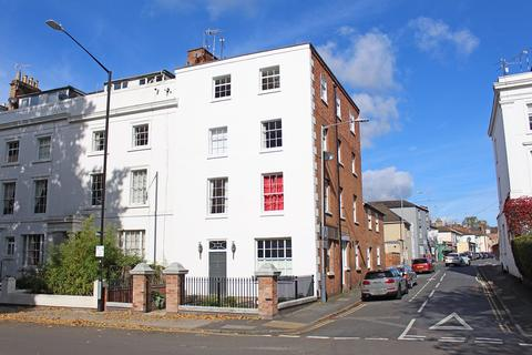 2 bedroom apartment for sale - Willes Road, Leamington Spa