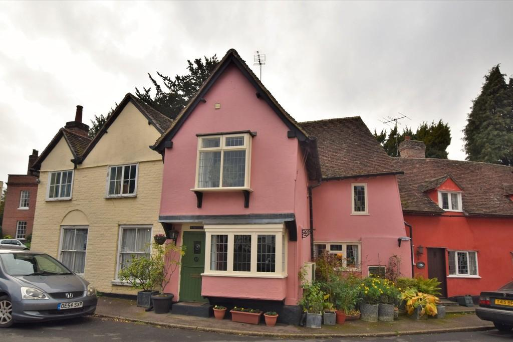 2 Bedrooms Terraced House for sale in Falcon Square, Castle Hedingham, CO9 3BS