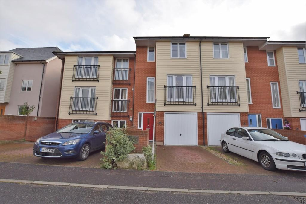 4 Bedrooms Terraced House for sale in Priory Walk, Sudbury CO10 2AP