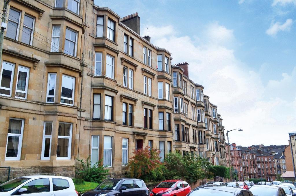 1 Bedroom Flat for sale in Oban Drive, Flat 2/2, North Kelvinside, Glasgow, G20 6AD