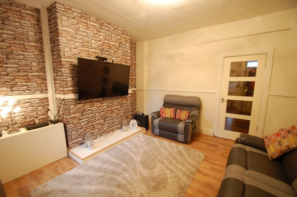 3 Bedrooms Terraced House for sale in Stephen Street, Mill Hill, Blackburn