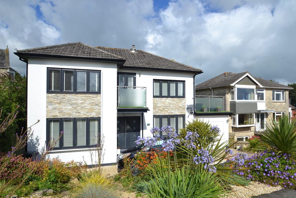 4 Bedrooms Detached House for sale in Westfield Park, Ryde