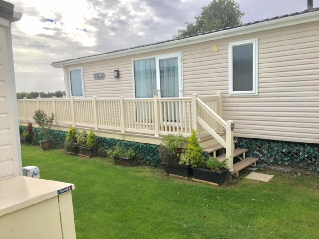 2 Bedrooms Mobile Home for sale in Nodes Road, St. Helens