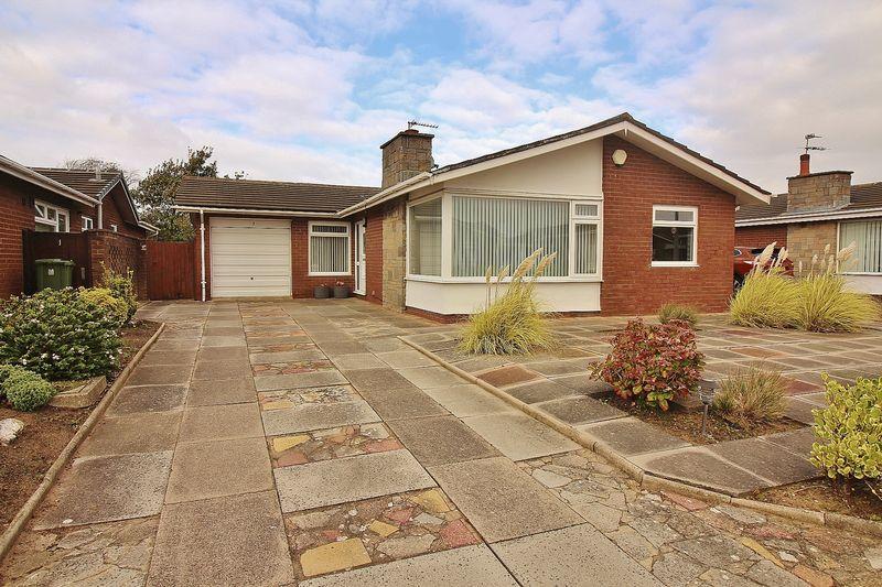 4 Bedrooms Detached Bungalow for sale in Arlington Close, Ainsdale