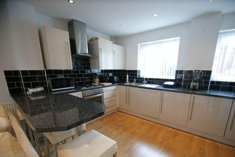 3 Bedrooms Terraced House for sale in The Anchorage, Liverpool