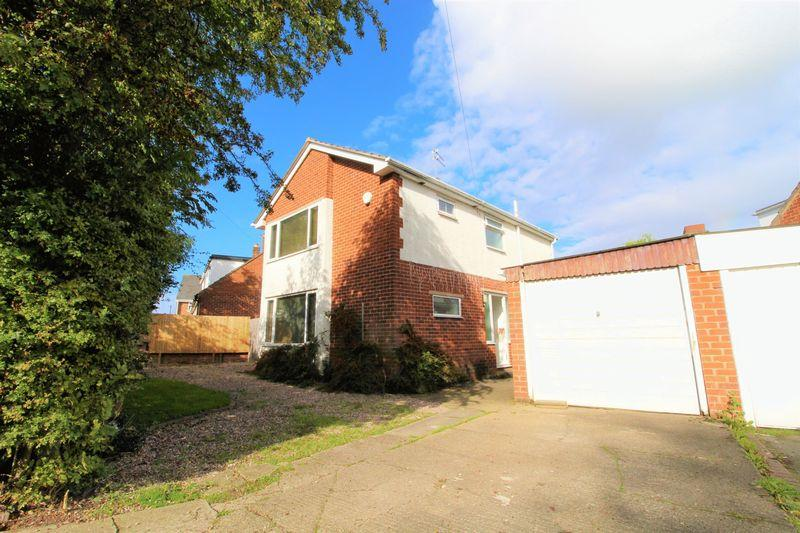 3 Bedrooms Detached House for sale in Marksway, Pensby