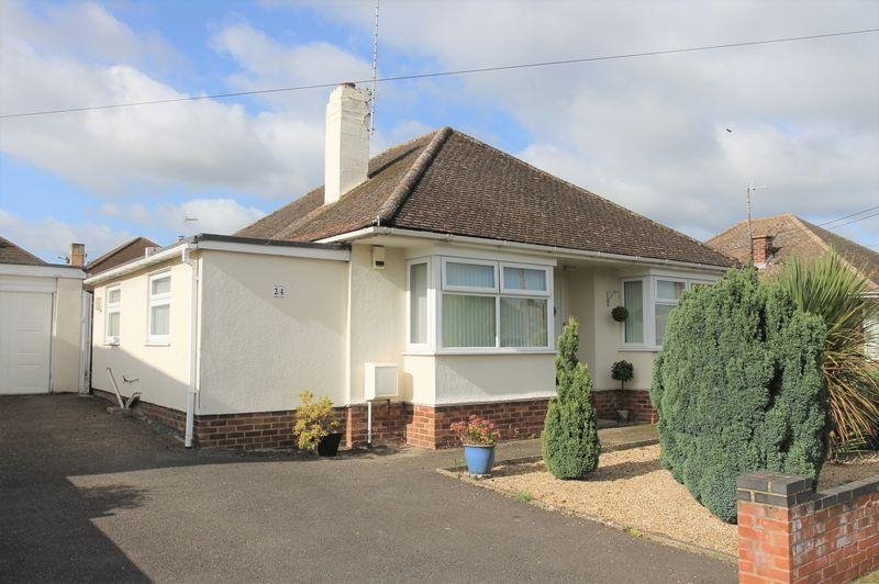2 Bedrooms Detached Bungalow for sale in Norman Road, Bury St. Edmunds
