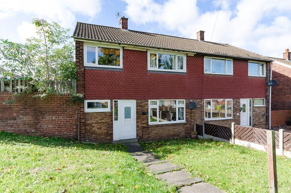 3 Bedrooms Semi Detached House for sale in Tennyson Close, Ferrybridge