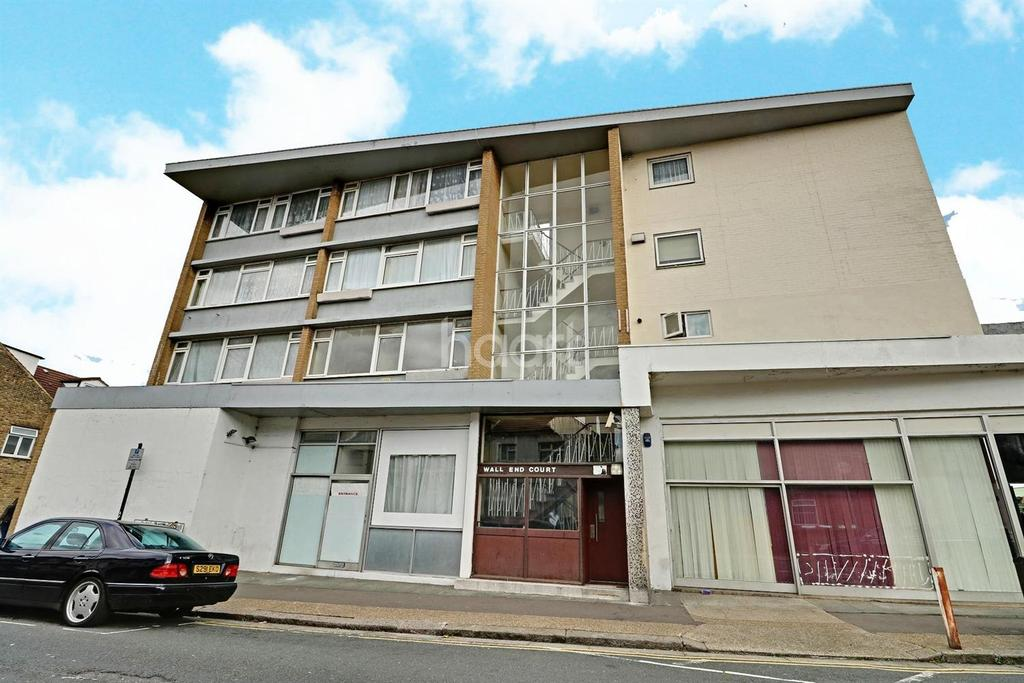 1 Bedroom Flat for sale in Wall End Road, Burges Estate