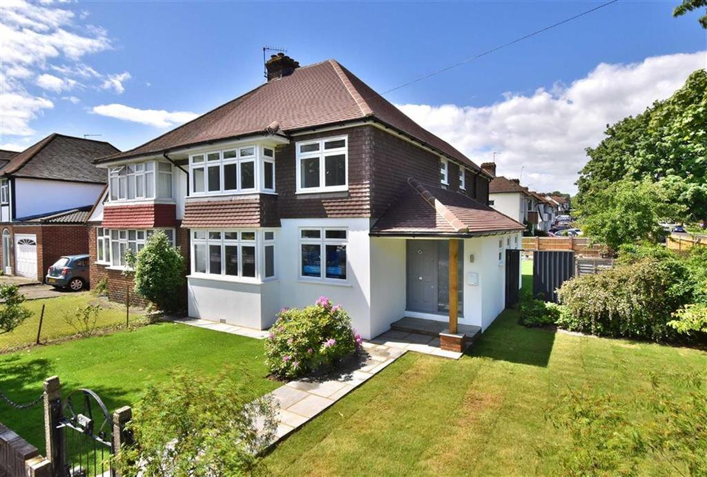 4 Bedrooms Semi Detached House for sale in Bourne Vale, Bromley