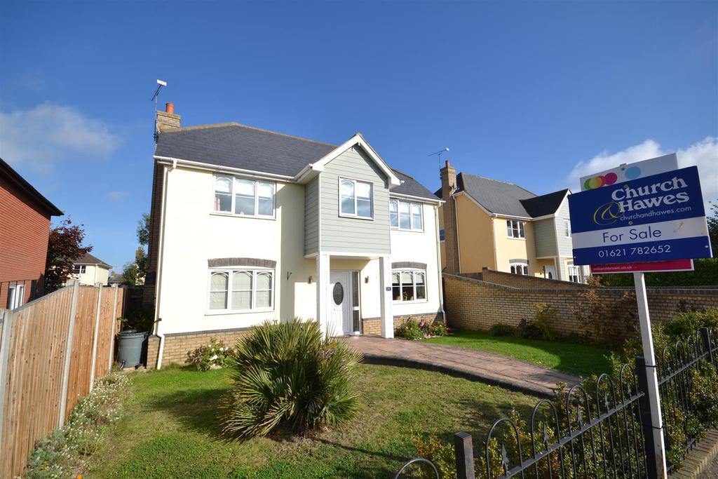 5 Bedrooms Detached House for sale in Pantile Hill, Southminster