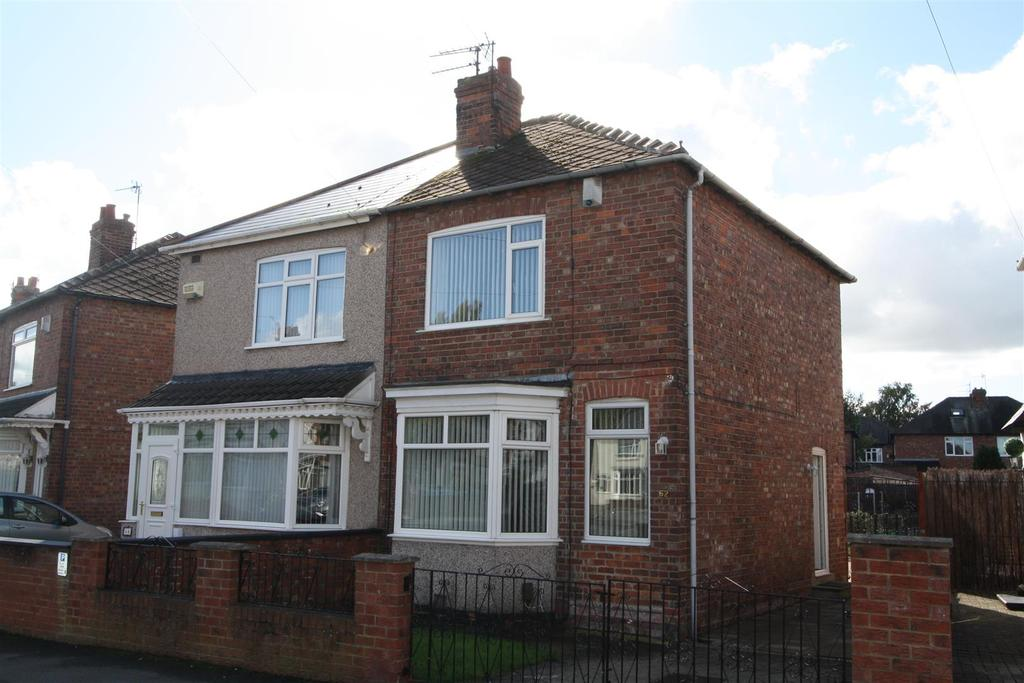 2 Bedrooms Semi Detached House for sale in Claremont Road, Darlington