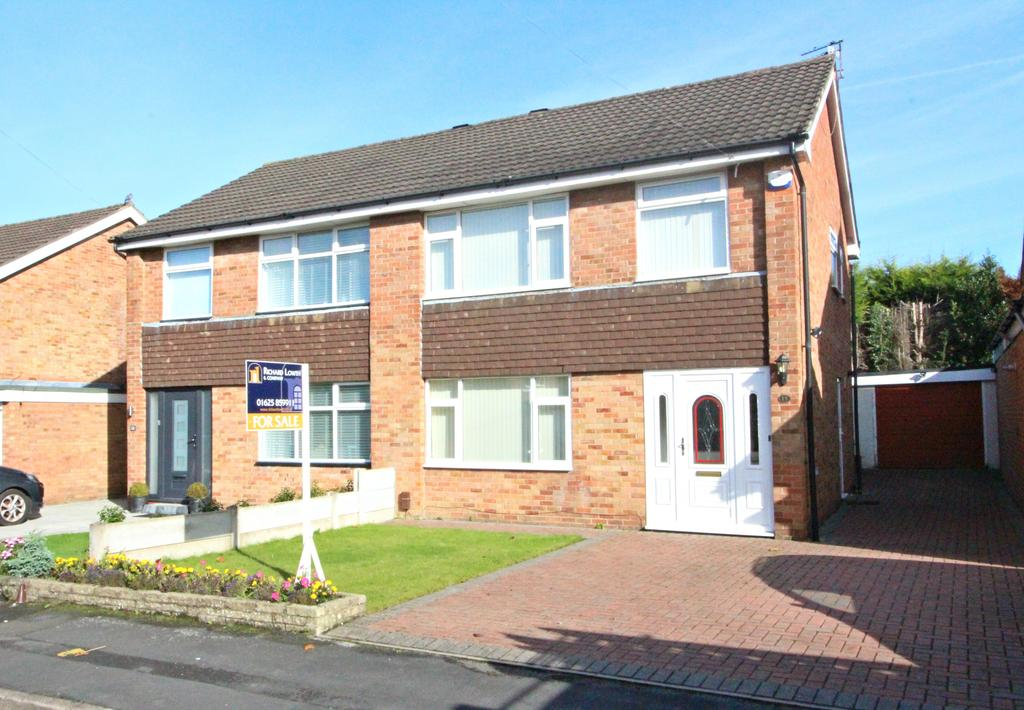3 Bedrooms Semi Detached House for sale in POYNTON ( CURZON ROAD )