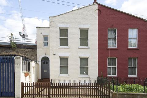 3 bedroom house for sale - Martello Street, London, E8