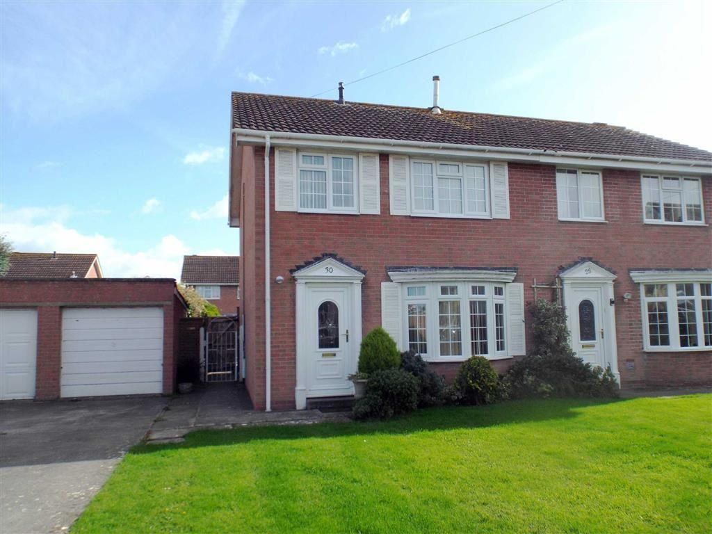 3 Bedrooms Semi Detached House for sale in Charlestone Road, Burnham On Sea