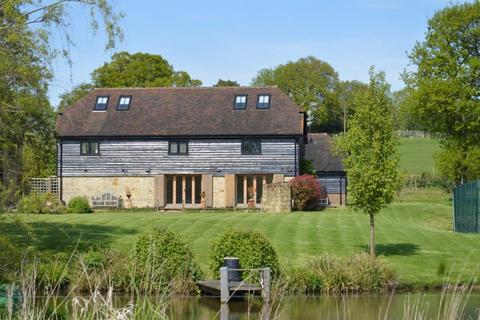 4 bedroom detached house to rent - ETCHINGHAM